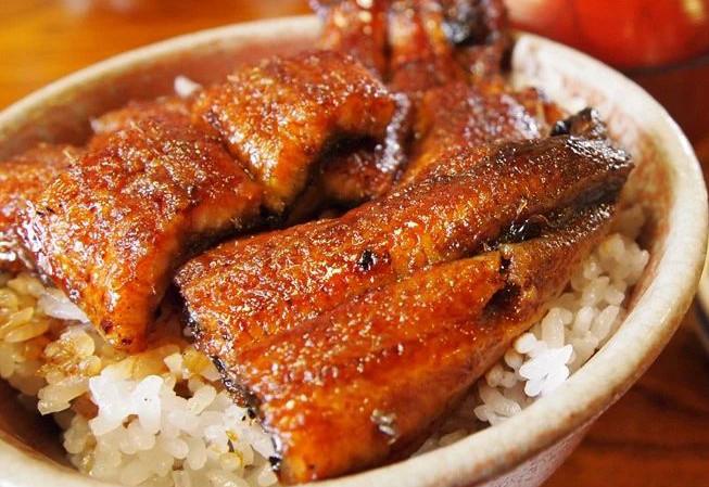 寒冷冬日,吃一些有温度的日料暖暖胃吧!