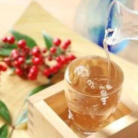 常用于宴会中的清酒
