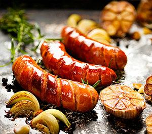 鲜嫩肉感造型独特的骨付香肠